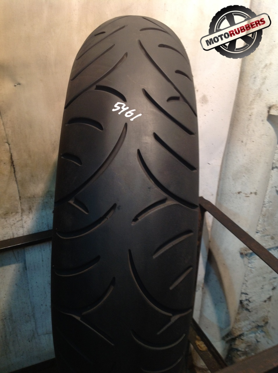 160/70 R17 Bridgestone bt 21r