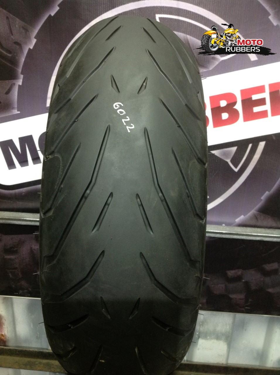 190/50 R17 Pirelli angel st