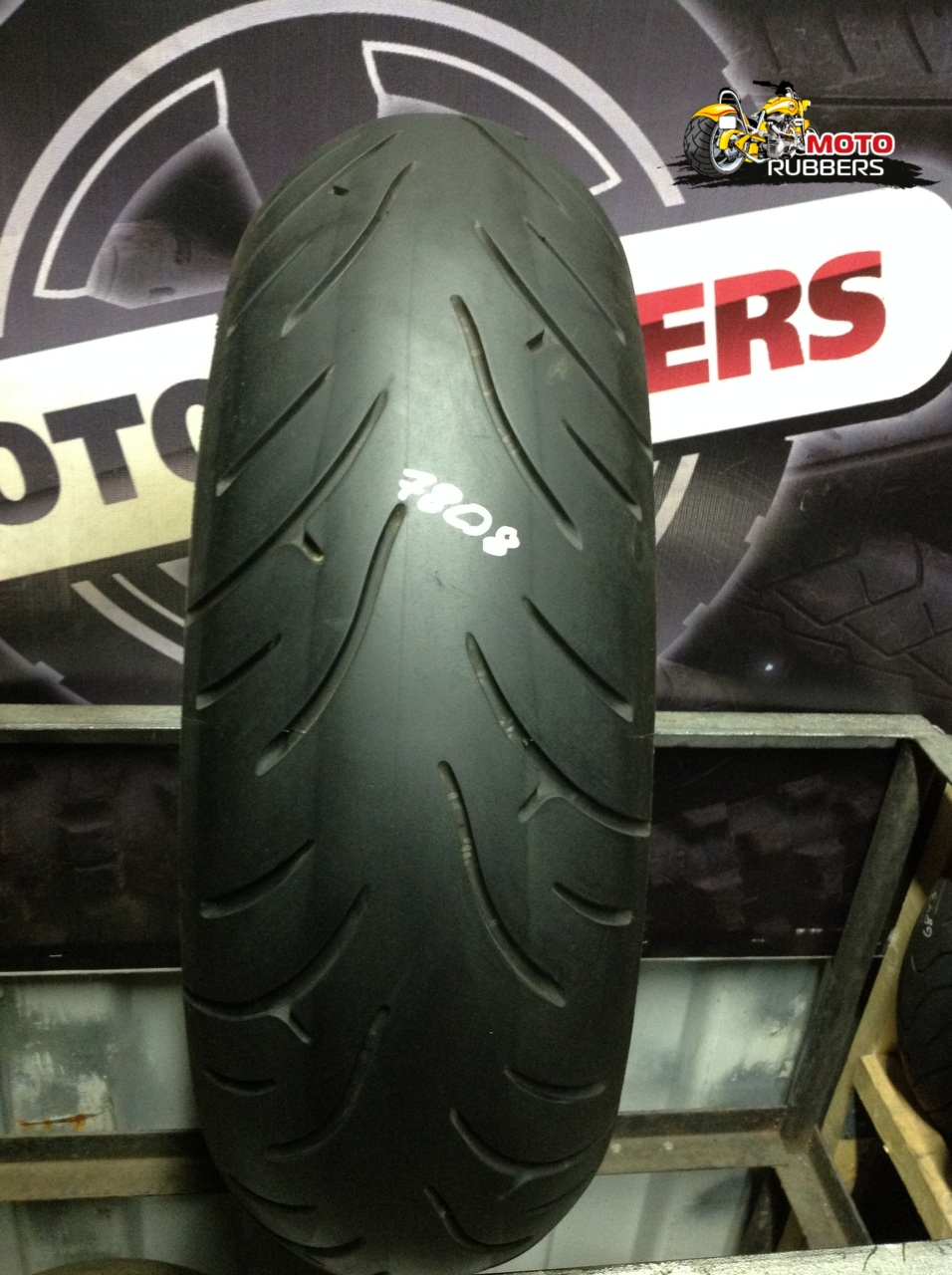 180/55 R17 Bridgestone bt 23